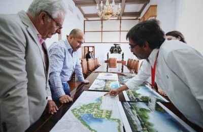 Arquitecto Mario Schjetnan presenta proyecto para renovar parque El Dean