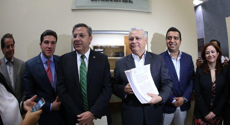 Presentan iniciativa de ley para desarrollo urbano de Nuevo León