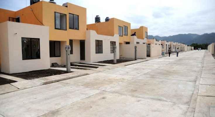 Invertirán mil 200 mdp para vivienda en Yucatán