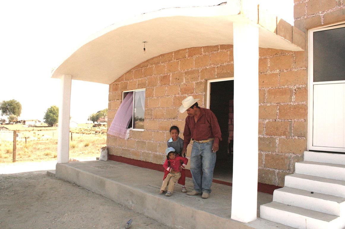 Edo Méx desarrolla Programa de Vivienda en 125 municipios
