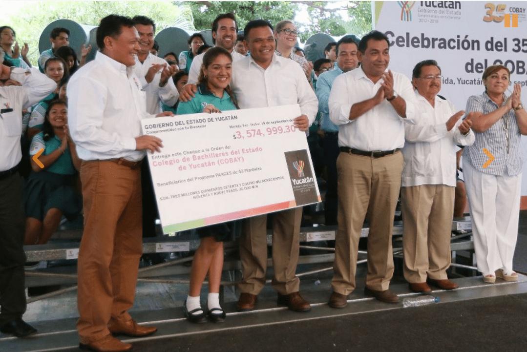 Yucatán entrega obras de infraestructura en escuelas