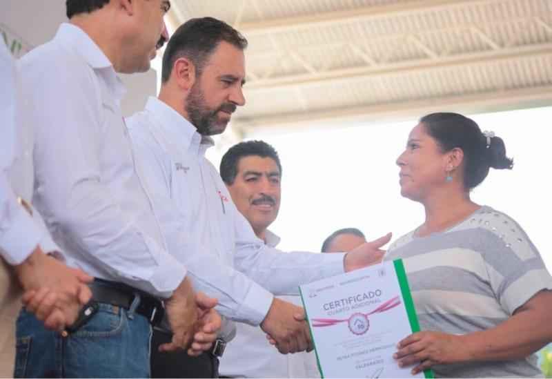 Benefician a familias de Zacatecas en vivienda, salud y educación