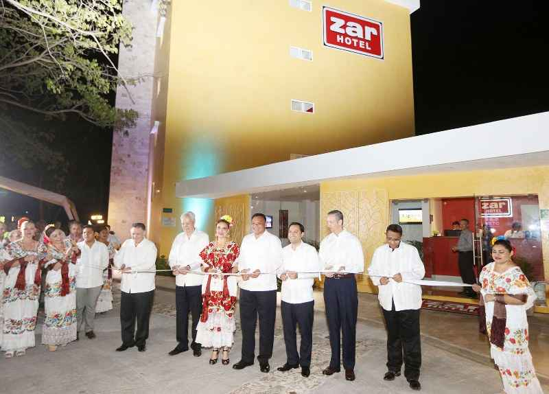 Inauguran hotel con 90 habitaciones en Mérida